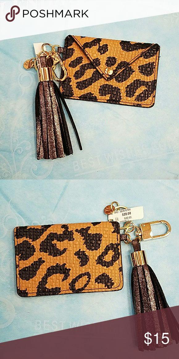 "NM Leopard print credit card case holder NWT NWT Neiman Marcus Leopard Print credit card case holder. Size: 4.25""* 3"" Neiman Marcus Accessories Key & Card Holders"