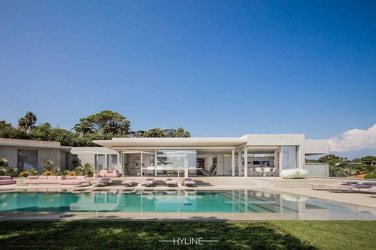 HYLINE 40 - Villa AMA exterior by day 2016 Photo by_Alexandre_van_battel Architecture – Laurence SONCK