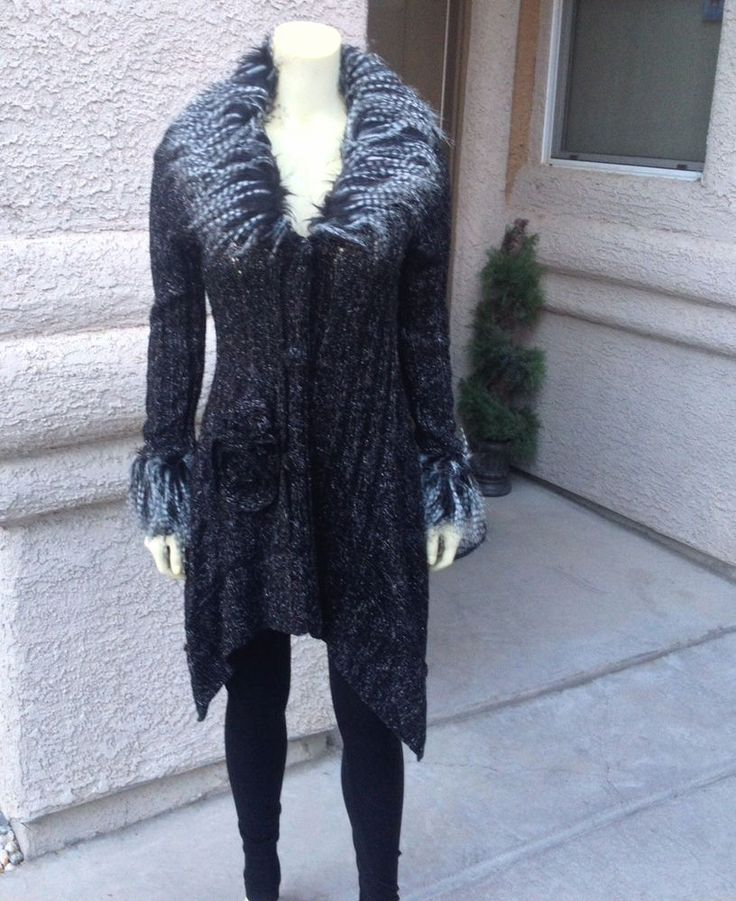 Womens Black Sweater With Feather Collar 110