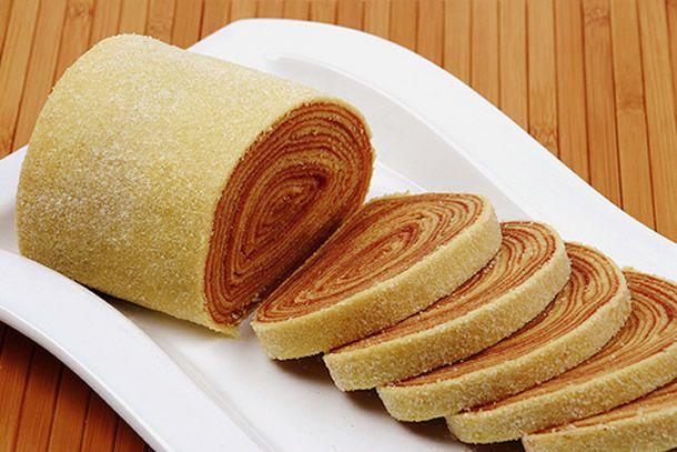 Receita prática de bolo de rolo ou bolo de manteiga recheado com goiabada!