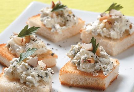 Bocaditos fríos de queso azul y nueces | Academia de Cocina Verde Oliva