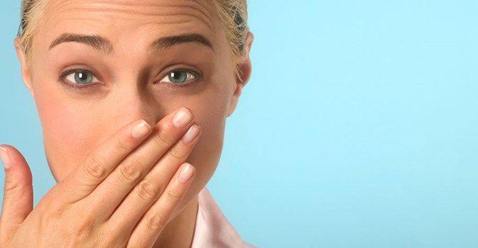 Hıçkırığı geçirme yöntemleri ve tedavisi hakkında bilgi almak için tıklayın http://doktortv.com/haber/10-adimda-hickirik-nasil-gecer