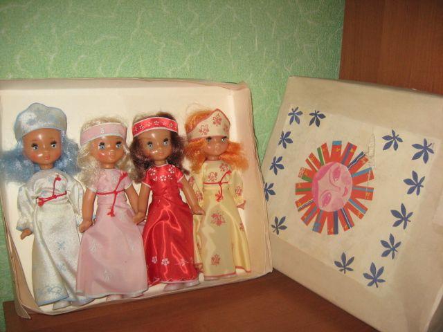 """Шикарный набор, редкость! Восторг! Состояние кукол - НОВОЕ, пролежали в коробке. Полный комплект. """"четыре сезона"""" (Зима, Весна, Лето, Осень). Днепропетровск"""