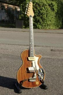 Arnold Hoyer el-guitarre model 27 1965-67 gesucht in Schleswig-Holstein - Harrislee | Musikinstrumente und Zubehör gebraucht kaufen | eBay Kleinanzeigen