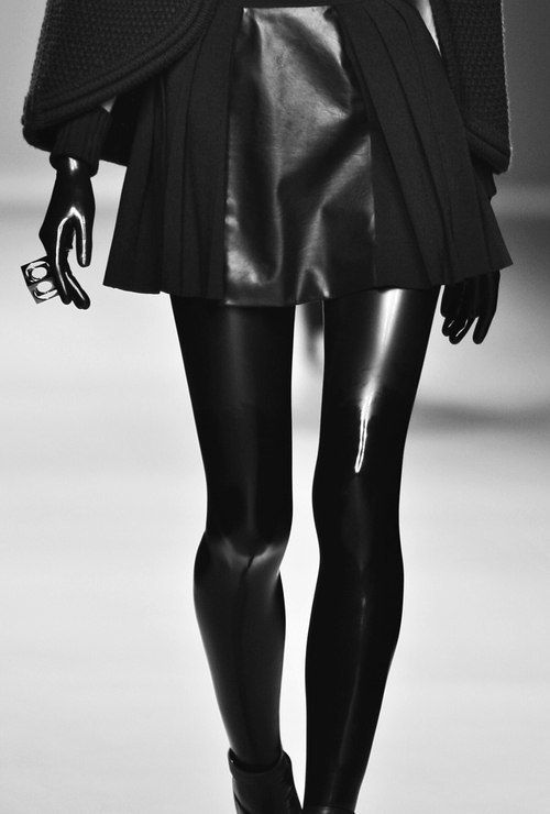 Leather skirt, black latex leggings