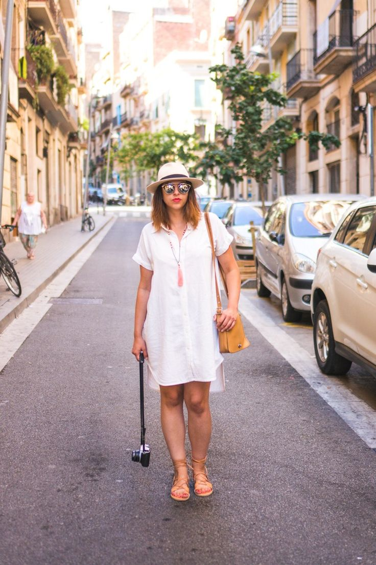 Heather's self-drafted linen shirt dress is the stuff of dreams.  // Closet Case Files