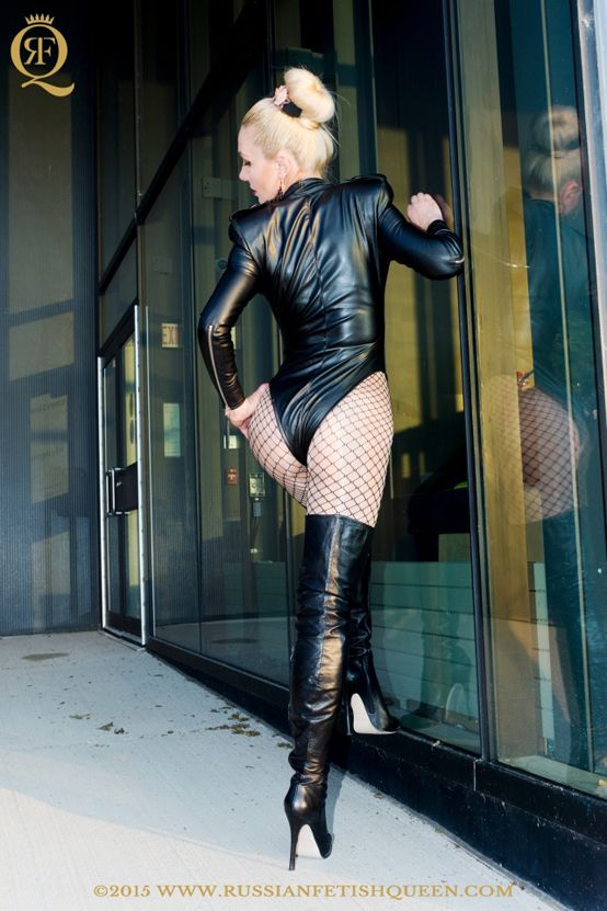#RussianFetishQueen dressed in  hot #leather #skintightbodysuit, #glossypantyhose wearing a sexy #leather #overkneeboots