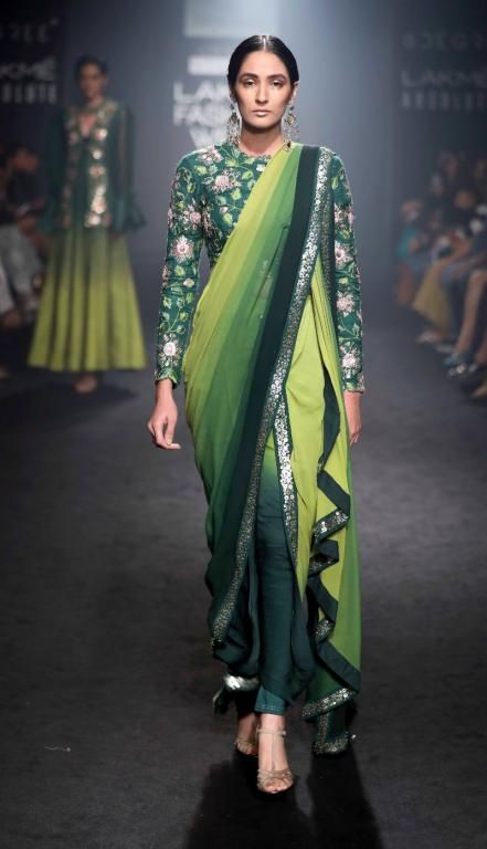 7ae193da78 37 Designer Blouse Images That Will Blow Your Mind | ethnic wear | Latest indian  fashion trends, Indian fashion trends, Dhoti saree