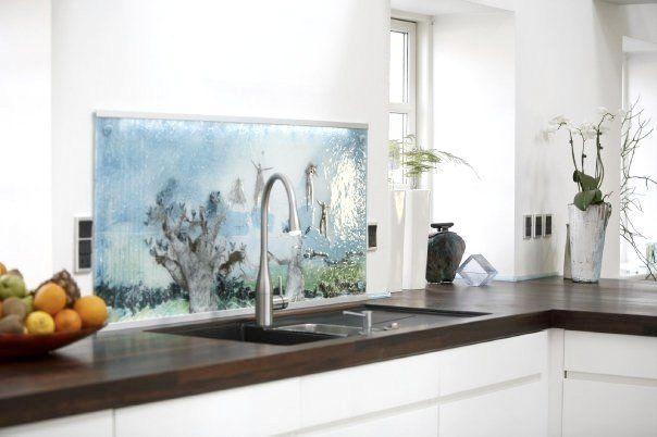 Unique and exclusive splash plates made by glass artist Branka Lugonja.
