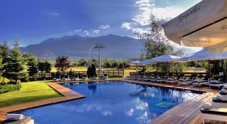 Kempinski Hotel Grand Arena Bansko Kempinski Hotel Grand Arena is situated at the foot of the Pirin Mountain in Bansko with direct access to the gondola lift station. It offers rooms with free Wi-Fi internet access, a large spa area, 2 restaurants and a sushi bar.