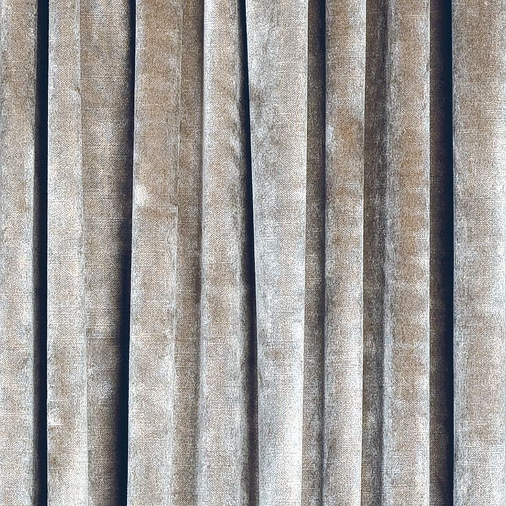blanche-sammetsgardin-silver.jpg 800 × 800 pixlar