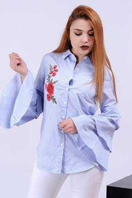 Detayları Göster İşlemeli Katlı Volanlı Kol Mavi Gömlek