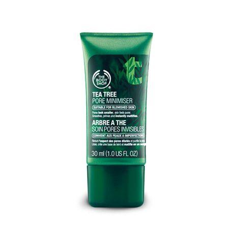 Es un bálsamo para reducir la apariencia de los poros. Gracias a su combinación de polvos minerales que absorben el exceso de grasa y reducen el tamaño del poro.