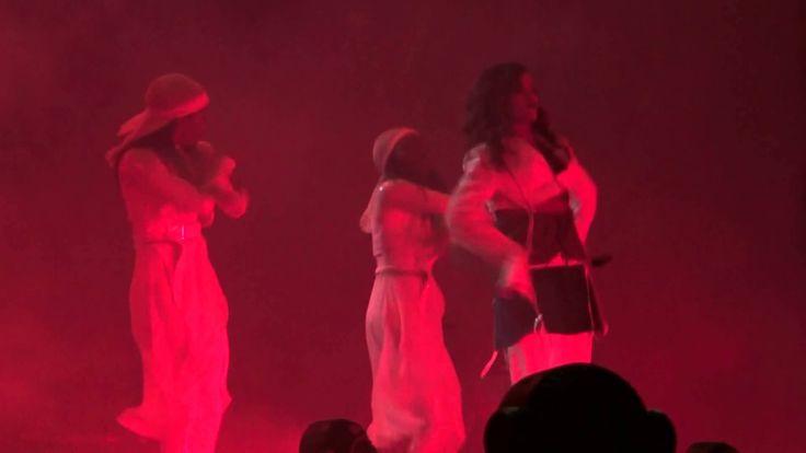 Rihanna - Birthday Cake (Estadio Nacional, Live in Chile 29/09/2015) HD
