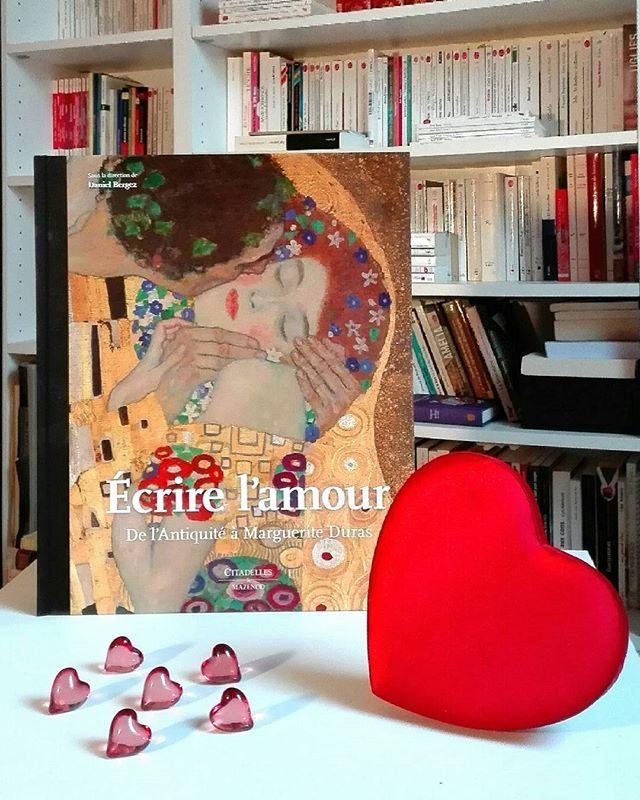 Écrire l'amour, De l'Antiquité à Marguerite Duras, sous la direction de Daniel Bergez, des éditions Citadelles et Mazenod @cit_maz ❤  #livre #livrestagram #litteraturefrancaise #lettresmodernes #litterature #lecture #amour #lecturedumoment #passionlivres #instabook #bookstagram #books #book #read #reading #reader #booklover #bookworm #booklove #bookaddict #bookshelf #photo #pic #picture #peinture #love #art #artist #artiste #picoftheday