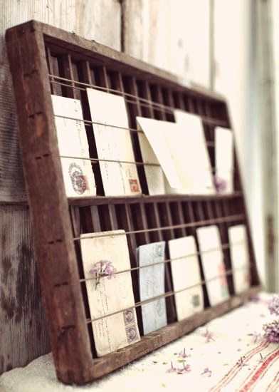 'Cause You Need ...: ... DIY postcards holder
