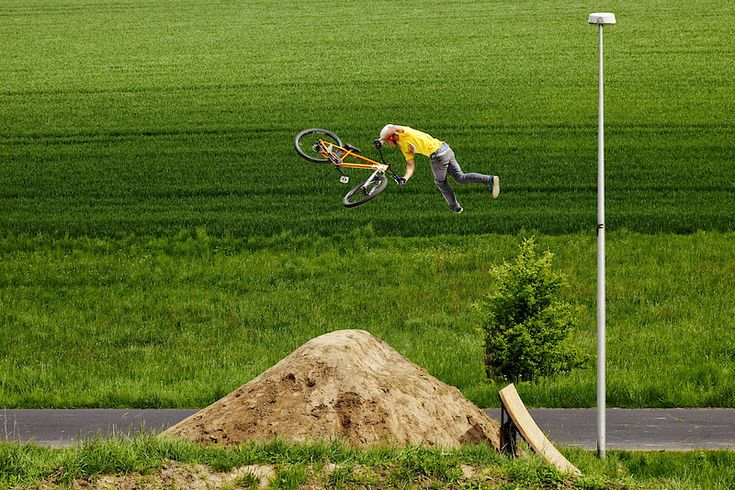 100 Most Viewed Photos of 2011 - Part 1 - Pinkbike.