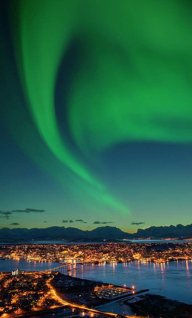 See the Northern Lights-Tromsø