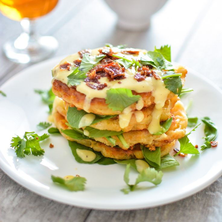 From breakfast casseroles to eggs benedicts and from french toast to pancakes, here are 30 weekend brunch recipes to serve this fall!