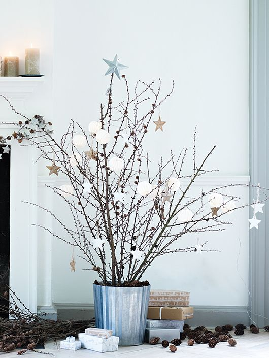 Simple holiday tree.