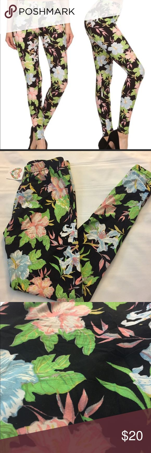 Legging Floral leggings. Super soft and comfortable. One size (fits 0-14). Very good quality not see through. Polyester and Spandex . Hand wash only and dry flat. Smoke and pet free home. Brand new with tags. 🍎 Twilight Gypsy Collective Pants Leggings