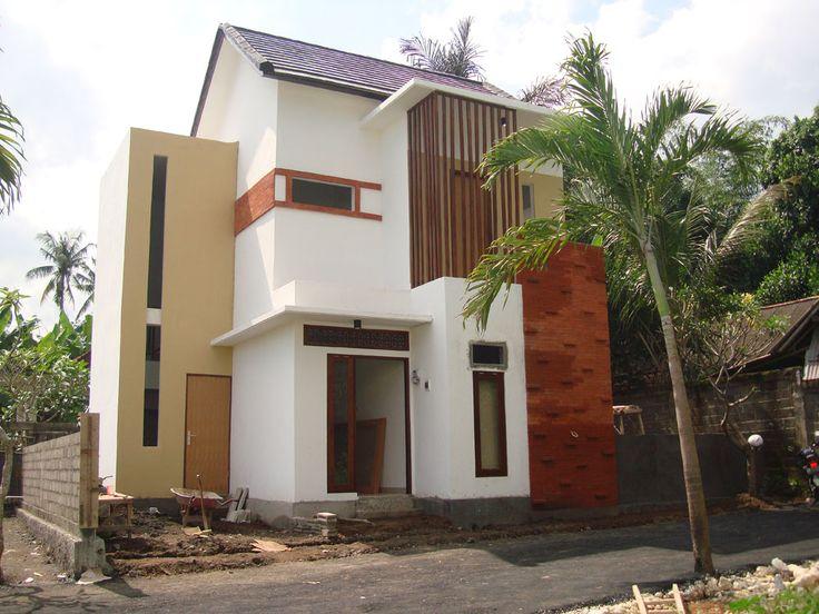 Sejahgad Town House A. Yani Denpasar Type 102 / 108