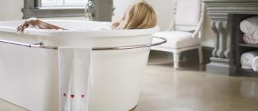 Banho de Energia: Se você se sente cansado e com pouca disposição para realizar as atividades do dia a dia, conheça o banho para aumentar a energia e resolva seu problema.