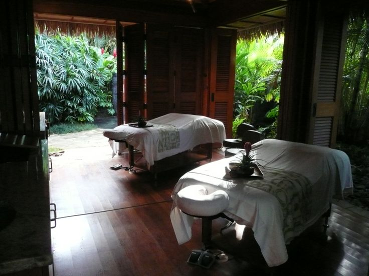 Set in the lush tropical gardens, the couples spa hale is absolutely at the Grand Hyatt Kauai.  Each has an outdoor shower and private outdoor jacuzzi.  Who's ready for a couples massage at the Grand Hyatt Kauai?