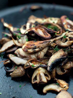 Cast-Iron MushroomsMushroom Recipes, Vegan Cast Iron Recipe, Castiron Recipe, Mushrooms Recipe, Cast Iron Mushrooms, Vegetarian Cast Iron, Castiron Mushrooms, Recipe Cast Iron, Cast Iron Pan