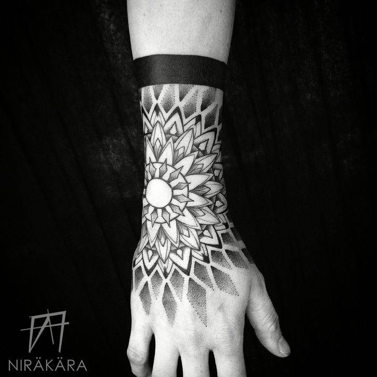 Blackwork, Sacred Geometry, Yoga, Buddha, Mandala, Noir, Meditation, Dotwork, Pointillism, Stippling, Tattoo, Awareness, Spirituality, Linework, Hindu, Girls with Tattoos, Black, Hand