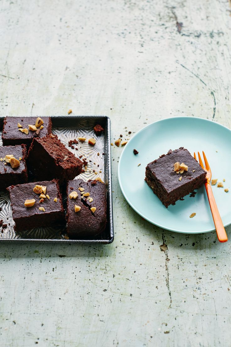 This Mood-Boosting, Brownie Recipe Is a Chill Pill in Chocolate Form