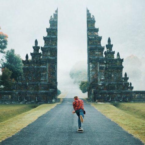 Dieses unglaubliche Tor in Bali, Indonesien | 17 echte Orte, die vielleicht doch Portale in die Zauberwelt sind