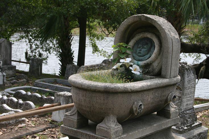 Magnolia Cemetery Charleston SC   Infant daughter of the White family