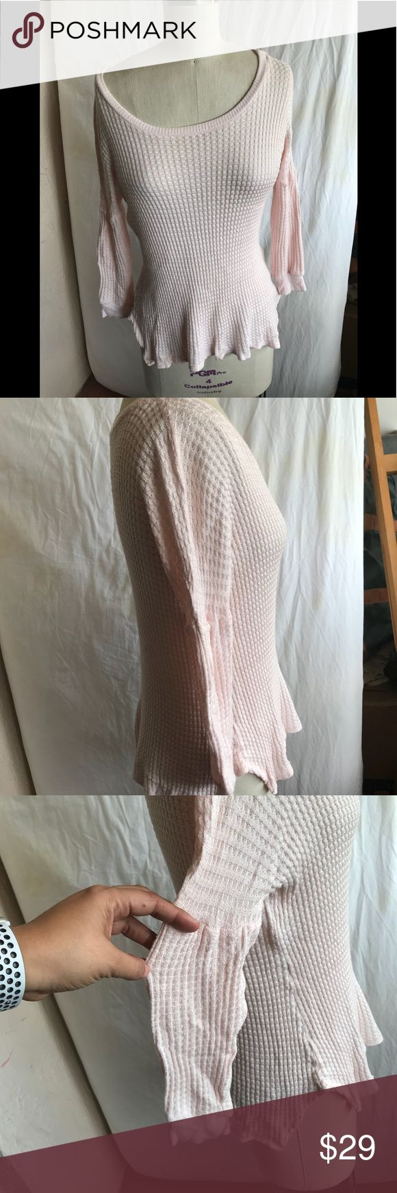 Velvet Graham Spencer pink waffle knit top new XS Suuuuper soft Nice bubbled sleeves detail Velvet by Graham & Spencer Tops