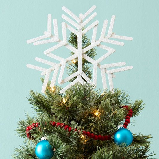Snowflake Tree Topper - popsicle sticks to the rescue! More crafty Christmas Tree topper ideas: http://www.bhg.com/christmas/ornaments/christmas-tree-toppers/