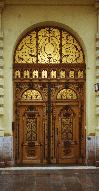 That is One Snazzy Door by deanecow, via Flickr