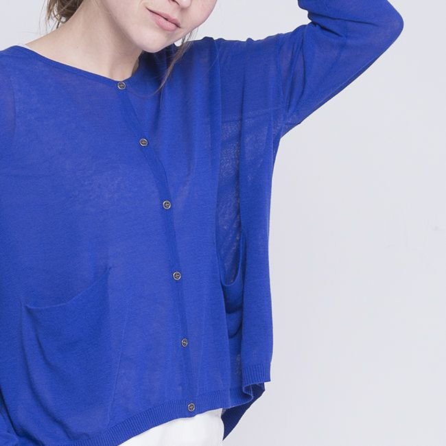 The Lumi Cardi | refined yarn | #nikelandsole #designedinmelbourne #knitwear #refinedyarn #blue #cardigan