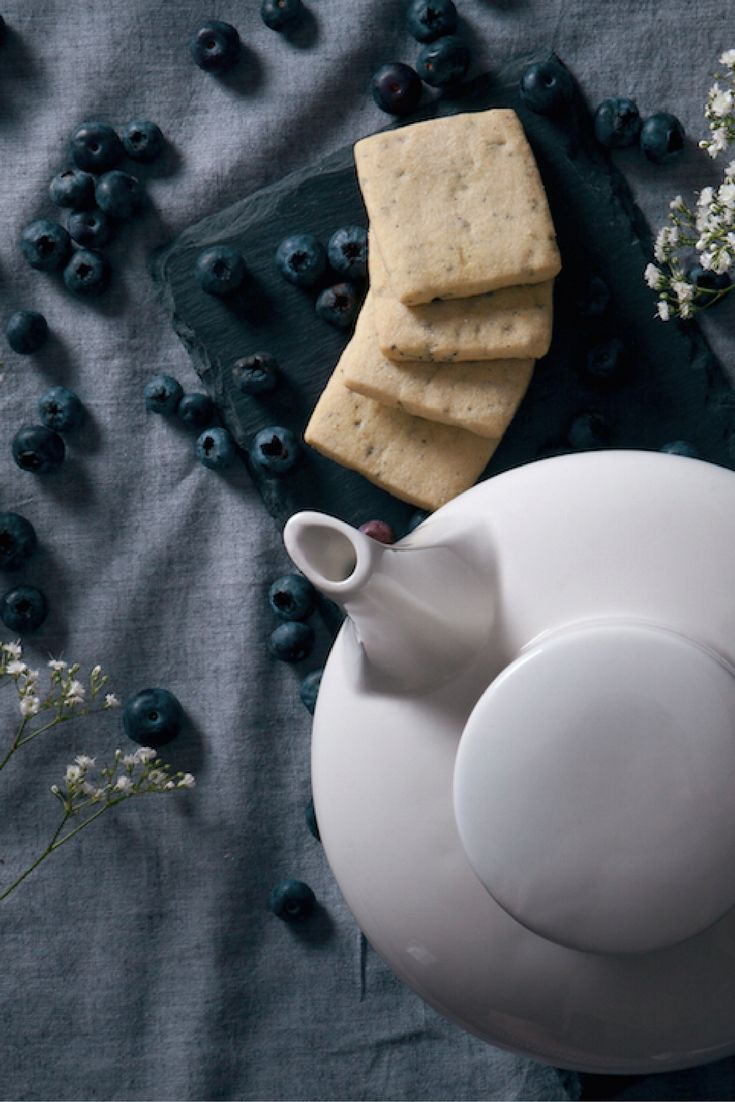 Food Photographer Gabriella J. | See her portfolio and hire her here: soply.com/GabriellaJackson  #teatime #bluberries #blueberry #biscuits #teaandbiscuits