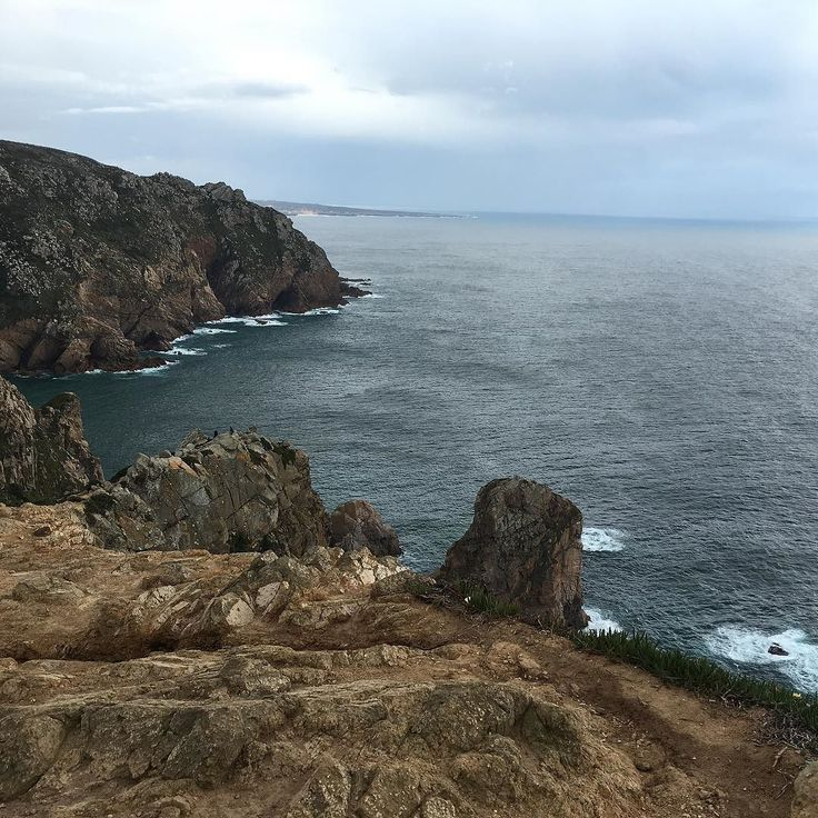 Cabo da Roca. #sintra #portugal #cabodaroca  #sea #mar #cielo #sky #cape #clouds #cloudy #travel #traveller #traveling #viaje #landscape #paisaje #blue #bluesky