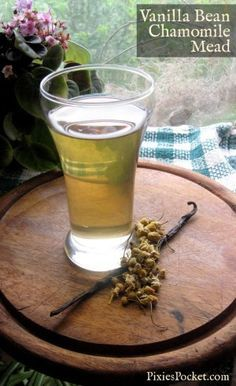 Eager to try out this delicious recipe for vanilla bean chamomile mead by pixiespocket.com