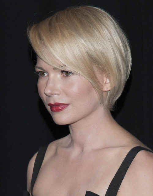 Michelle Williams-Hottest Bobs with Bangs l www.sophisticatedallure.com