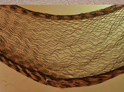 Chinchorro en fibra de cumare tejido por artesanos del Amazonas. Cómpralo en #MambeShop con el 35% de descuento! (Cra. 5 No. 117-25- Usaquén)