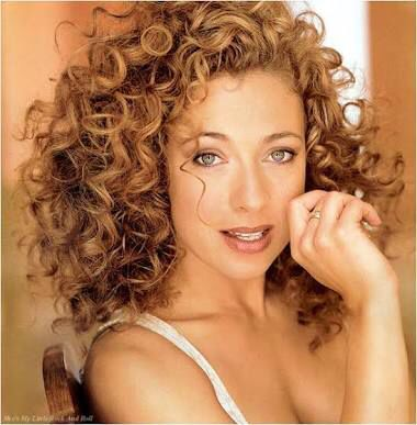 Alex Kingston (River Song) hair perfection.