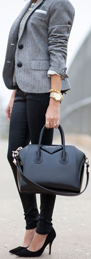 Sleek Fall Outfit  ~ 60 Great Fall - Winter Outfits On The Street - Style Estate -