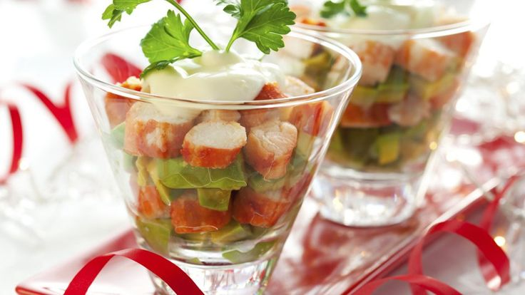 Er klingt exquisit, schmeckt vorzüglich und ist trotzdem unkompliziert in der Zubereitung: Flusskrebs-Avocado-Salat. Wenn ihr die kleine, feine Leckerei selber macht, sind eure Gäste bei der nächsten Dinnerparty sicher beeindruckt.