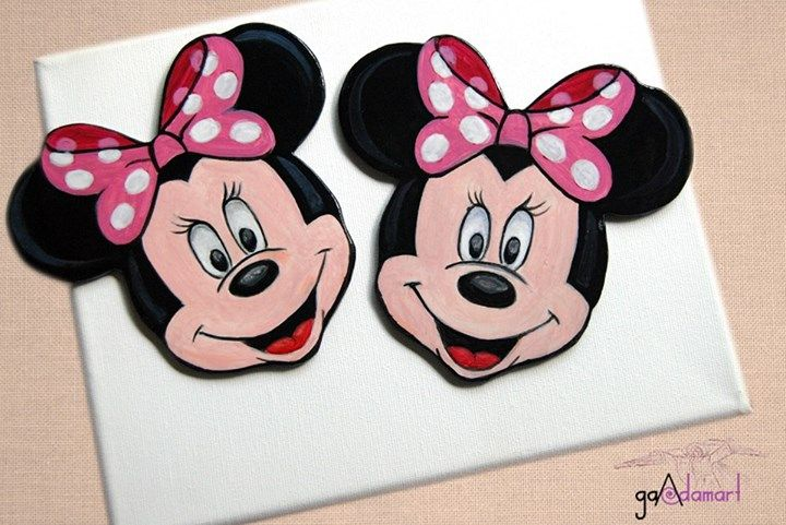 Minnie Mouse painted wood coasters. Suporturi de pahar din lemn pictat. GADAMART