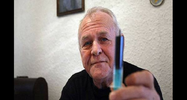 Hemp or cannabis oil has been used for medicinal purposes since ancient times, but it is illegal since the second half of the 20th century, because of the rapid expansion of the billion-dollar pharmaceutical industry.  Rick Simpson is a mechanical engineer who was diagnosed with skin cancer back in 2002. He is a self-taught …