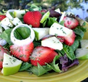 """Spinach & Fruit Salad: """"Everyone loved this! I sprinkled lemon juice over the fruit instead of ascorbic acid, and I used a balsamic vinaigrette."""" -PrimQuilter"""