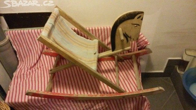 dreveny retro stary konik houpaci ..jen maily - obrázek číslo 2