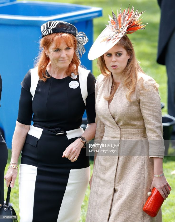 (EMBARGOED FOR PUBLICATION IN UK NEWSPAPERS UNTIL 48 HOURS AFTER CREATE DATE AND TIME) Sarah Ferguson, Duchess of York and Princess Beatrice attend day 4 of Royal Ascot at Ascot Racecourse on June 23, 2017 in Ascot, England. (Photo by Max Mumby/Indigo/Getty Images)